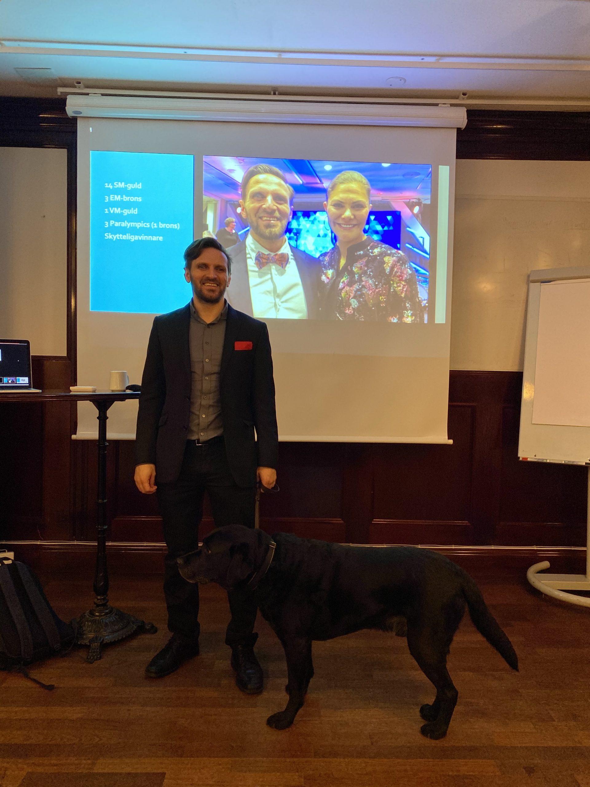 Fatmir Seremeti föreläser på Scandic.